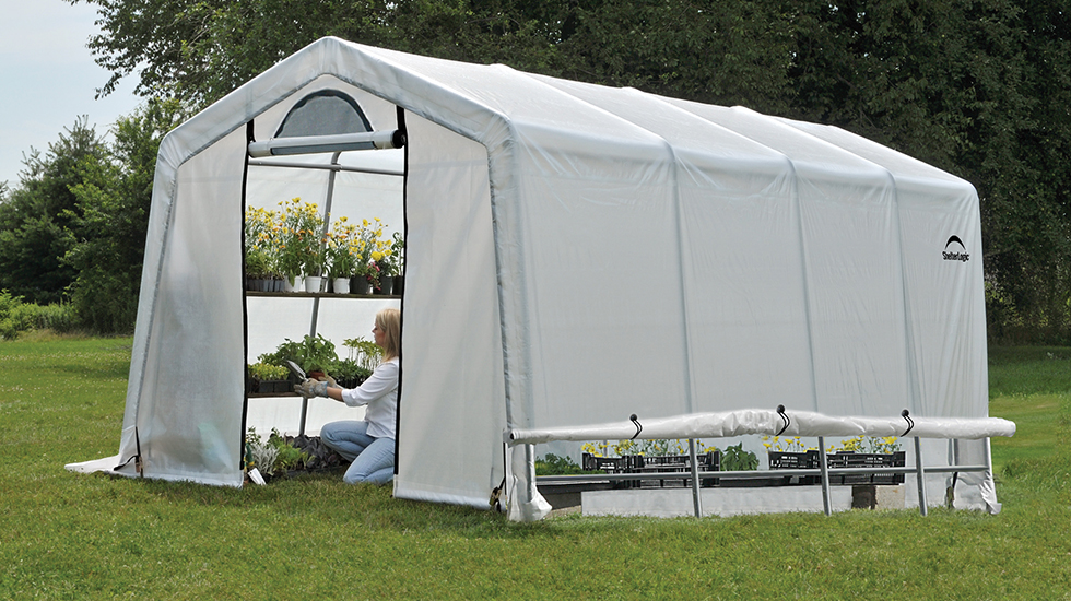 Grower's Guide: What to Grow in a Greenhouse All Year Long